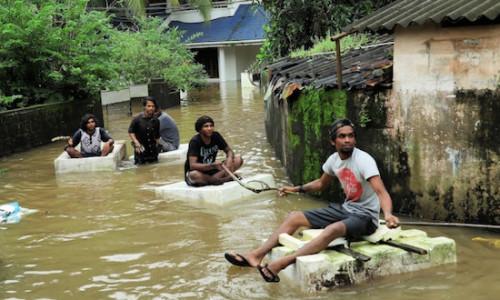 Bangalore zápas robiť Zoznamka agentúra Cyrano titulky