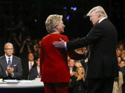 Prvá debata: Ani Trump, ani Hillary (+video)