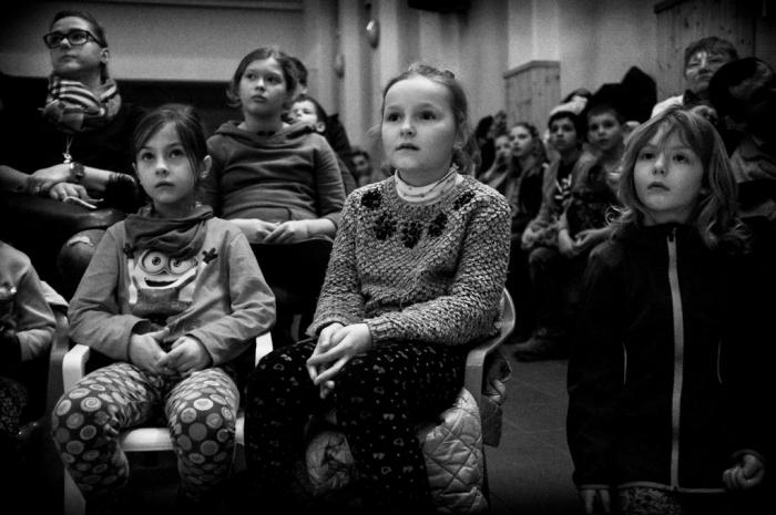 Aj tie najmenšie deti dokáže silný príbeh zaujať.